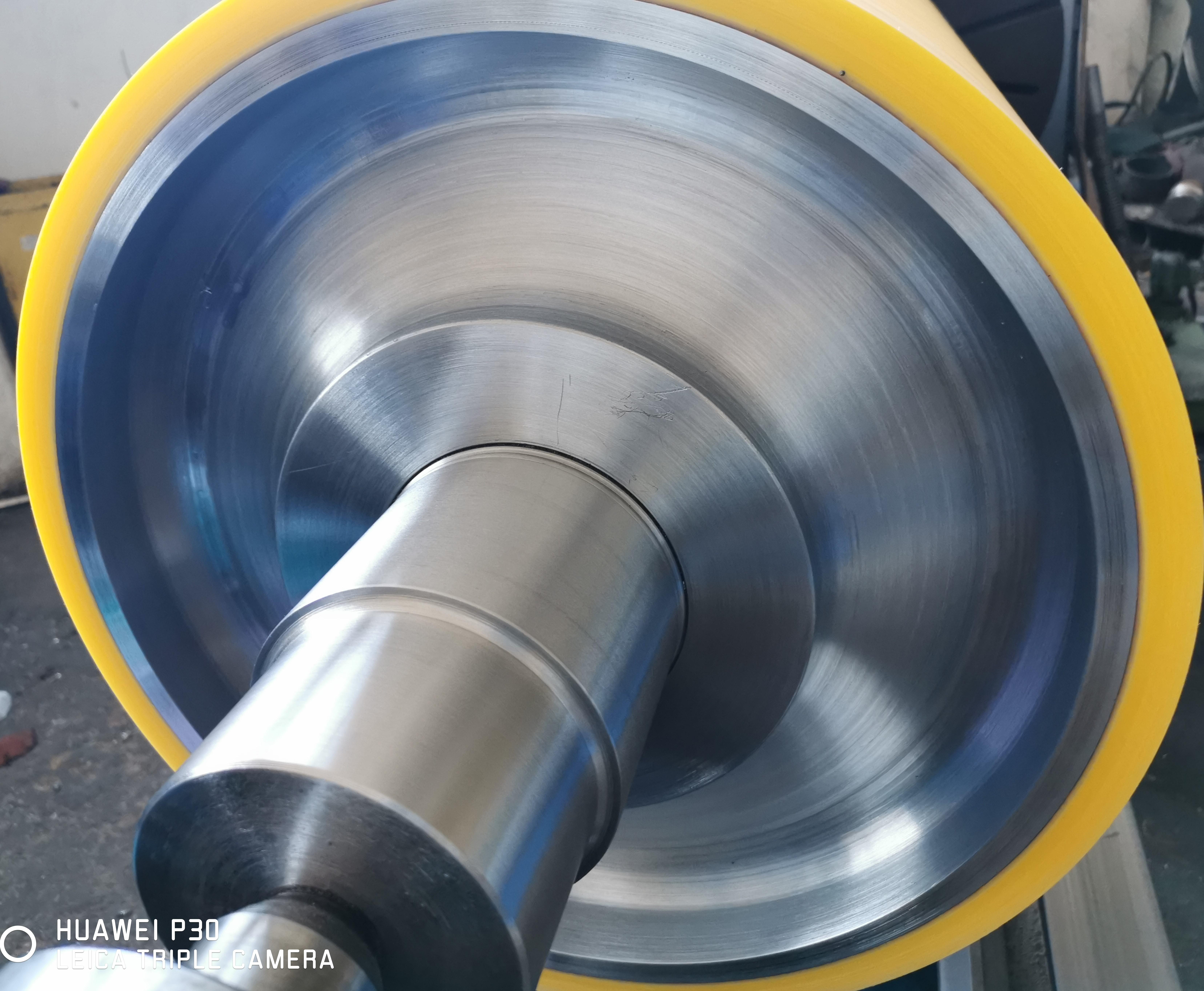 Polyurethane coated roll